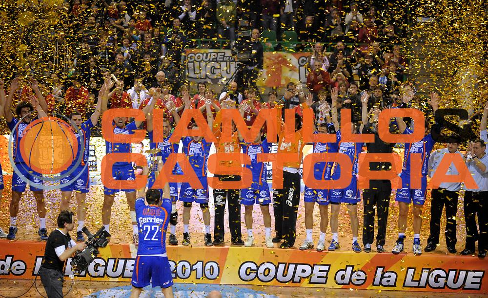 DESCRIZIONE : France Ligue Hand Coupe de la ligue Finale Montpellier St Raphael Nantes 14/03/2010<br /> GIOCATORE : Montpellier<br /> SQUADRA : Montpellier<br /> EVENTO : France Hand Coupe de La Ligue Montpellier St Raphael<br /> GARA : Montpellier St Raphael<br /> DATA : 14/03/2010<br /> CATEGORIA : Handball Coupe de La Ligue Finale Homme Montpellier Trophee <br /> SPORT : HandBall<br /> AUTORE : JF Molliere par Agenzia Ciamillo-Castoria <br /> Galleria : France Hand Coupe de La Ligue Homme 2009/2010  <br /> Fotonotizia : France Ligue Hand Coupe de la ligue Finale Montpellier St Raphael Nantes 14/03/2010<br /> Predefinita :