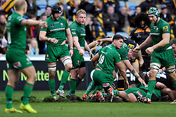 A new temporary pitch at the Ricoh Arena cuts up during the match - Photo mandatory by-line: Patrick Khachfe/JMP - Mobile: 07966 386802 21/12/2014 - SPORT - RUGBY UNION - Coventry - Ricoh Arena - Wasps v London Irish - Aviva Premiership