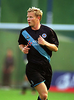 Ben Thatcher (Leicester) Brighton & Hove Albion v Leicester City. 4/8/2003. Pre Season friendly match. Credit : Colorsport/Andrew Cowie.
