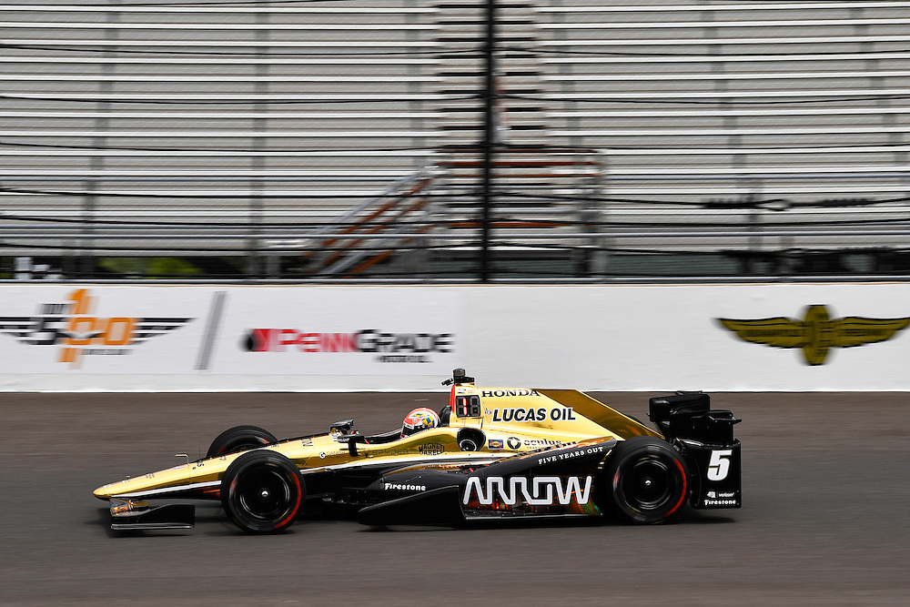 12-14 May, 2016, Indianapolis, Indiana, USA<br /> James Hinchcliffe<br /> &copy;2016, Scott R LePage <br /> LAT Photo USA