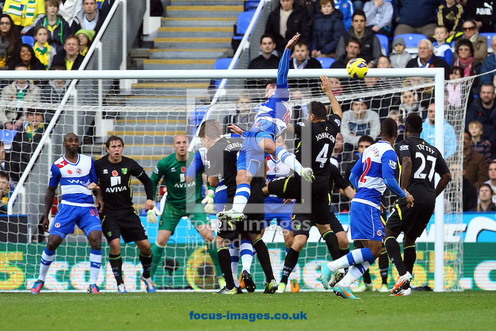 Picture by Paul Chesterton/Focus Images Ltd +44 7904 640267.10/11/2012.Sean Morrison of Reading tries to get a header in on goal during the Barclays Premier League match at the Madejski Stadium, Reading.