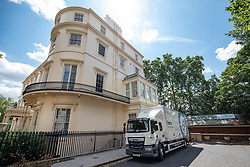 © Licensed to London News Pictures. 31/07/2018. London, UK. A removal van outside the official residence of the Foreign Secretary at Carlton Gardens in central London where former Foreign Secretary Boris Johnson has been living since his resignation. Photo credit: Rob Pinney/LNP