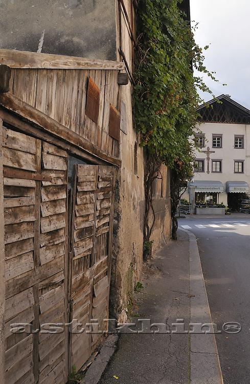 Old street of Telfs