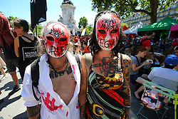 June 10, 2017 - Paris, France - Protesters, wearing a mask, pose during a march organised by the L214 association for the abolishment of slaughterhouses in Paris on June 10, 2017. (Credit Image: © Michel Stoupak/NurPhoto via ZUMA Press)
