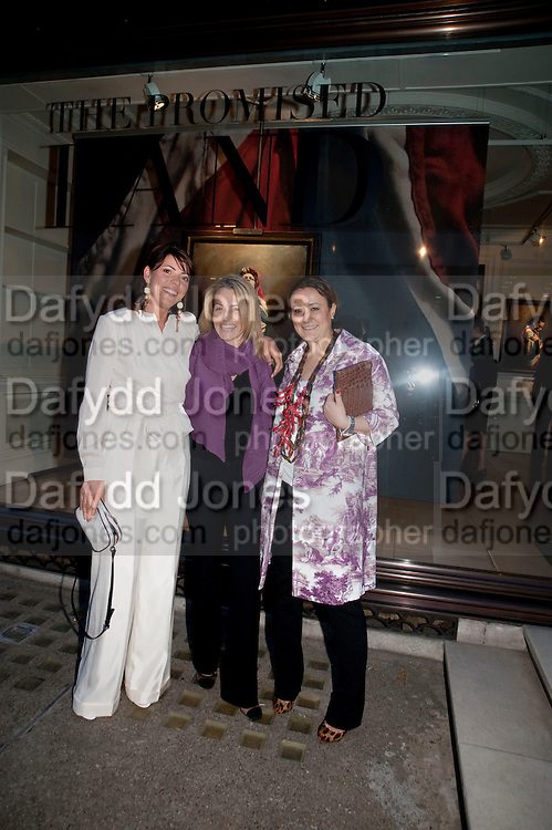 KATIE GREEN; VALERIE NG; IVANA MA, Opening of 'The Promised Land' Exhibition of work by Mitch Griffiths. Halcyon Gallery. Bruton St. London. 28 April 2010 *** Local Caption *** -DO NOT ARCHIVE-© Copyright Photograph by Dafydd Jones. 248 Clapham Rd. London SW9 0PZ. Tel 0207 820 0771. www.dafjones.com.<br /> KATIE GREEN; VALERIE NG; IVANA MA, Opening of 'The Promised Land' Exhibition of work by Mitch Griffiths. Halcyon Gallery. Bruton St. London. 28 April 2010