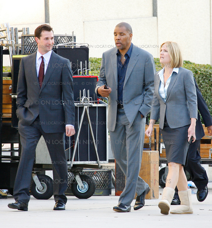 February 27, 2009 Los Angeles, CA. EXCLUSIVE PHOTO  Original cast members Noah Wyle and Eriq La Salle reunite on the set of ER to film one of the final episodes for the show. Past cast members Sherry Stringfield and Thandie Newton were also seen on set . Eric Ford/ On Location News 818-613-3955 info@onlocationnews.com