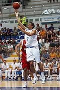 DESCRIZIONE : Roseto Degli Abruzzi Giochi del Mediterraneo 2009 Mediterranean Games Turchia Italia Turkey Italy Final Men<br /> GIOCATORE : Andrea Cinciarini<br /> SQUADRA : Italia Italy<br /> EVENTO : Roseto Degli Abruzzi Giochi del Mediterraneo 2009<br /> GARA : Turchia Italia Turkey Italy <br /> DATA : 04/07/2009<br /> CATEGORIA : tiro<br /> SPORT : Pallacanestro<br /> AUTORE : Agenzia Ciamillo-Castoria/C.De Massis<br /> Galleria : Giochi del Mediterraneo 2009<br /> Fotonotizia : Roseto Degli Abruzzi Giochi del Mediterraneo 2009 Mediterranean Games Turchia Italia Turkey Italy Final Men <br /> Predefinita :