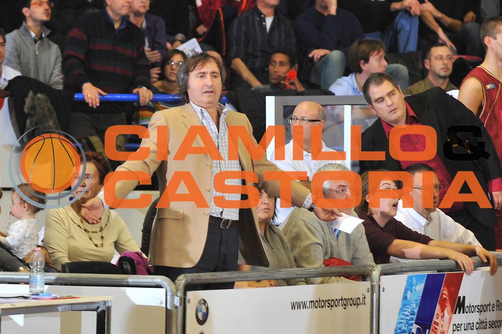 DESCRIZIONE : Venezia Lega A2 2009-10 Umana Reyer Venezia Nuova Pallacanestro Pavia<br /> GIOCATORE : Luigi Brugnaro<br /> SQUADRA : Umana Reyer Venezia<br /> EVENTO : Campionato Lega A2 2009-2010<br /> GARA : Umana Reyer Venezia Nuova Pallacanestro Pavia<br /> DATA : 15/11/2009<br /> CATEGORIA : Delusione Ritratto<br /> SPORT : Pallacanestro <br /> AUTORE : Agenzia Ciamillo-Castoria/M.Gregolin<br /> Galleria : Lega Basket A2 2009-2010 <br /> Fotonotizia : Venezia Campionato Italiano Lega A2 2009-2010 Umana Reyer Venezia Nuova Pallacanestro Pavia<br /> Predefinita : si