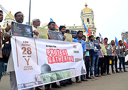 July 28, 2017 - Kolkata, West Bengal, India - Supporters of Student Islamic Organization of India protest against Israel restriction at Al Aqsa Mosque at Jerusalem. (Credit Image: © Saikat Paul/Pacific Press via ZUMA Wire)