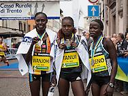 Trento Half Marathon, Trento 2 ottobre 2016, a sinistra Wanjohi Tanui Keno, © foto Daniele Mosna