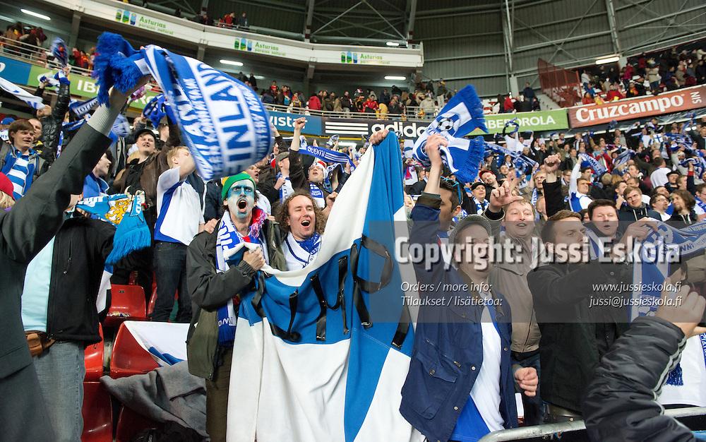 Suomen fanikatsomo. Espanja - Suomi. MM-karsintaottelu. Gijon 22.3.2013. Photo: Jussi Eskola