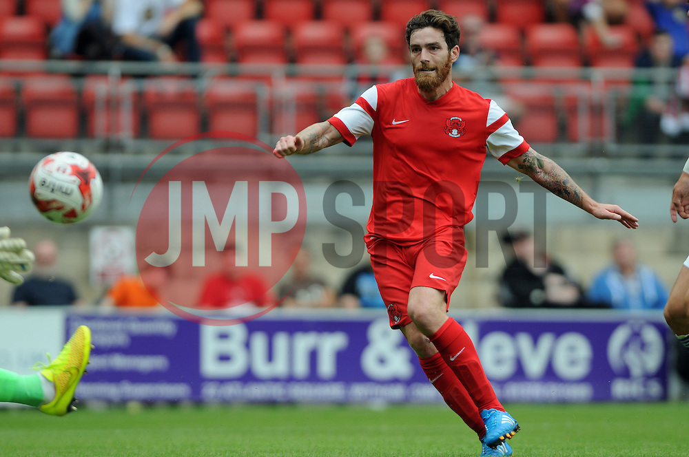Leyton Orient's Romain Vincelot shoots at goal - photo mandatory by-line David Purday JMP- Tel: Mobile 07966 386802 02/08/14 - Leyton Orient v Ipswich Town - SPORT - FOOTBALL - Pre season - London -  Matchroom Stadium