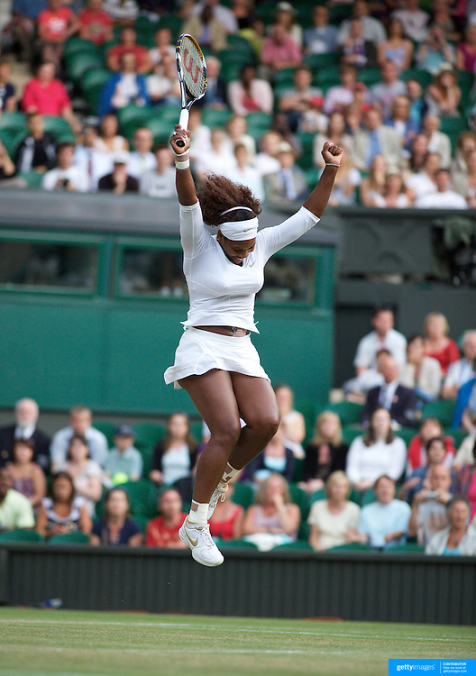 Sisters Serena Williams (left) and Venus Williams, USA in the Ladies Doubles Final at the All England Lawn Tennis Championships at Wimbledon, London, England on Saturday, July 04, 2009. Photo Tim Clayton