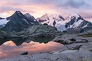 Bergpanorama mit Piz Bernina
