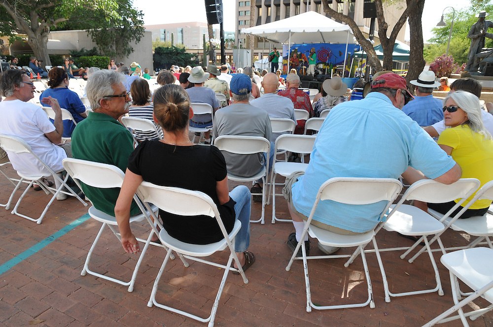 Plaza Stage audience at the 2013 Tucson Folk Festival. Event photography by Martha Retallick.