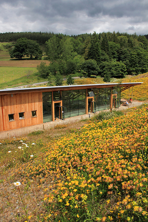 The Forestry Commission Scotland site at Glentress Forest near Peebles caters for 300,000 visitors a year. The Glentress Peel facility includes a cafe, bike shop, bike hire, changing rooms, showers and toilets.
