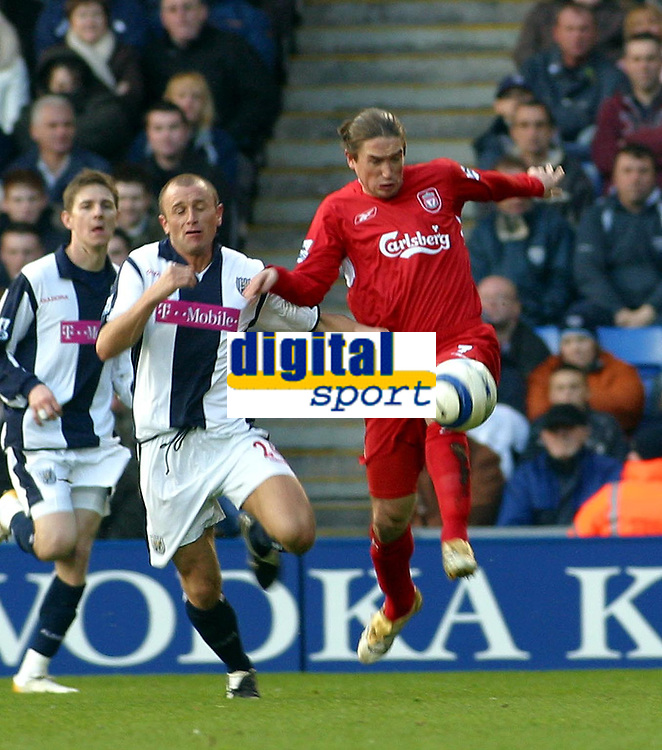 Photo: Dave Linney.<br />West Bromwich Albion v Liverpool. The Barclays Premiership. 01/04/2006.Liverpool's Harry Kewell   beats Ronnie Wallwork to the ball.