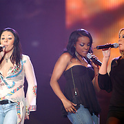 TMF awards 2004, Sugar Babes vlnr. Muyta,  Keisha Buchanan, Heidi Range