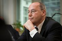 08 MAY 2014, BERLIN/GERMANY:<br /> Gregor Gysi, MdB, Die Linke Fraktionsvorsitzender, waehrend einem Interview, in seinem Buero, Jakob-Kaiser-Haus<br /> IMAGE: 20140508-02-029