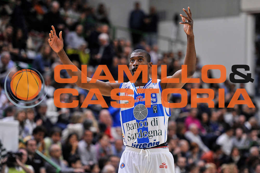 DESCRIZIONE : Campionato 2014/15 Dinamo Banco di Sardegna Sassari - Dolomiti Energia Aquila Trento<br /> GIOCATORE : Shane Lawal<br /> CATEGORIA : Mani Ritratto Esultanza<br /> SQUADRA : Dinamo Banco di Sardegna Sassari<br /> EVENTO : LegaBasket Serie A Beko 2014/2015<br /> GARA : Dinamo Banco di Sardegna Sassari - Dolomiti Energia Aquila Trento<br /> DATA : 04/04/2015<br /> SPORT : Pallacanestro <br /> AUTORE : Agenzia Ciamillo-Castoria/L.Canu<br /> Predefinita :