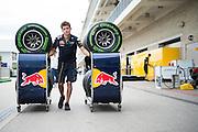 October 20, 2016: United States Grand Prix. Red Bull mechanic