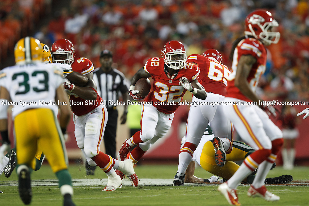 August 29, 2013: Kansas City Chiefs running back Cyrus Gray (32) carries the ball during the Kansas City Chiefs 30-8 preseason victory over the Green Bay Packers at Arrowhead Stadium in Kansas City, Missouri.