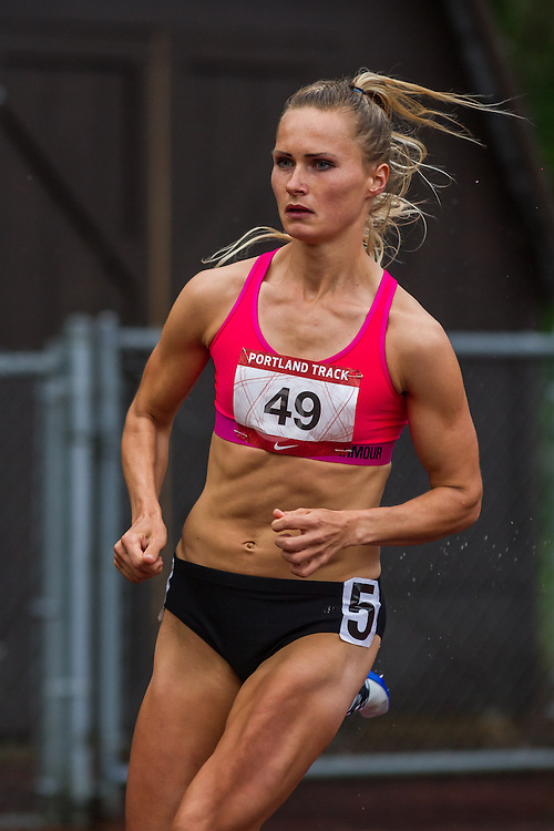 Velvere, Liga, Women's 800m  Run