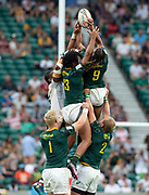 Twickenham, United Kingdom. 3rd June 2018, HSBC London Sevens Series. Game 45. Cup Final.  Fiji vs South Africa. <br /> <br /> A High contest ball RSA's Stedman GANS [L] and Justin GEDULD [R] stretch up to the ball, during the Rugby 7's, match played at the  RFU Stadium, Twickenham, England, <br /> <br /> <br /> <br /> © Peter SPURRIER/Alamy Live News