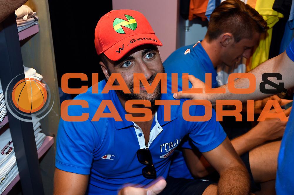 DESCRIZIONE : Media Day Nazionale Italiana Maschile Senior 2015 Sessione autografi Gazzetta Store<br /> GIOCATORE : Pietro Aradori<br /> CATEGORIA : <br /> SQUADRA :  Nazionale Maschile Senior<br /> EVENTO : <br /> GARA : Sessione autografi Gazzetta Store<br /> DATA : 20/07/2015<br /> SPORT : Pallacanestro <br /> AUTORE : Agenzia Ciamillo-Castoria/A.Giberti<br /> Galleria : Nazionale Italiana Maschile Senior 2015<br /> Fotonotizia : Media Day Nazionale Italiana Maschile Senior 2015 Sessione autografi Gazzetta Store<br /> Predefinita :