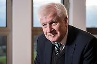 10 DEC 2016, BERLIN/GERMANY:<br /> Horst Seehofer, CSU, Bundesinnenminister, waehrend einem Interview, in seinem Buero, Bundesinnenministerium<br /> IMAGE: 20181210-02-043<br /> KEYWORDS; Büro