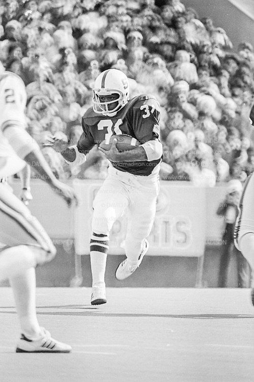 EL PASO, TX - DECEMBER 31:  1977 Sun Bowl, Stanford v LSU, December 31, 1977 at Sun Bowl Stadium, University of Texas El Paso, El Paso, Texas.  Darrin Nelson #31.  Photograph by David Madison | www.davidmadison.com.