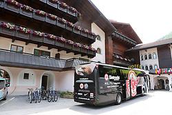 04.07.2015, Hotel Mildener Hof, Milders, AUT, FS Vorbereitung, Eintrach Frankfurt, im Bild Der Mannschaftsbus der Eintracht Frankfurt vor dem Hotel // during the Trainingscamp of German Bundesliga Club Eintrach Frankfurt at the Hotel Mildener Hof in Milders, Austria on 2015/07/04. EXPA Pictures © 2015, PhotoCredit: EXPA/ Eibner-Pressefoto/ Fudisch<br /> <br /> *****ATTENTION - OUT of GER*****