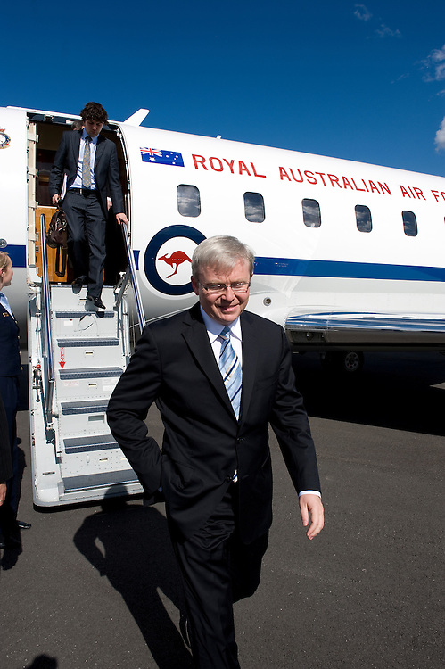 Prime Minister Kevin Rudd arrives in Esperance to open a new dining room at the Teen Challenge Grace Academy, a residential rehabilitation and detox centre.