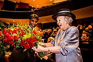 Prinses Beatrix bezoekt symposium In Vrijheid Verbonden