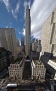 New York - the Rockfeller center nd rooftop gardens on fifth avenue / le Rockfeller center et les jardins suspendus sur la cinqieme avenue  New York