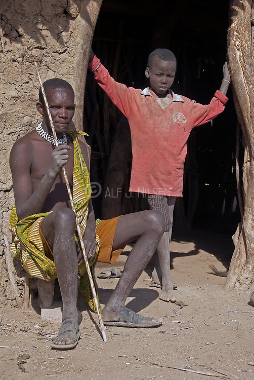 People of the Datoga tribe.   Lake Eyasi, northern Tanzania.