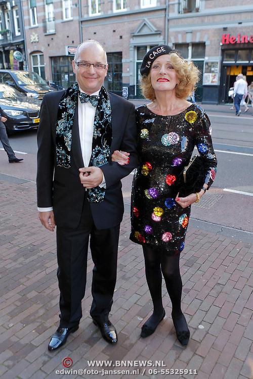 NLD/Amsterdam/20111002 - Uitreiking John Kraaijkamp awards 2011, Arie Cupé  en Gerrie van der Kleij