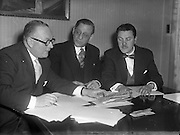28/12/1956<br /> 12/28/1956<br /> 28 December 1956<br /> <br /> ASPRO Quiz Competition Judges - O'Kennedy Brindley<br /> <br /> Robert Briscoe, Lord Mayor of Dublin, is centre.