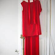 Séance d'essayage des robes de la créatrice Delphine Josse, pour la montée des marches du Festival de Cannes le 2 mai 2012.