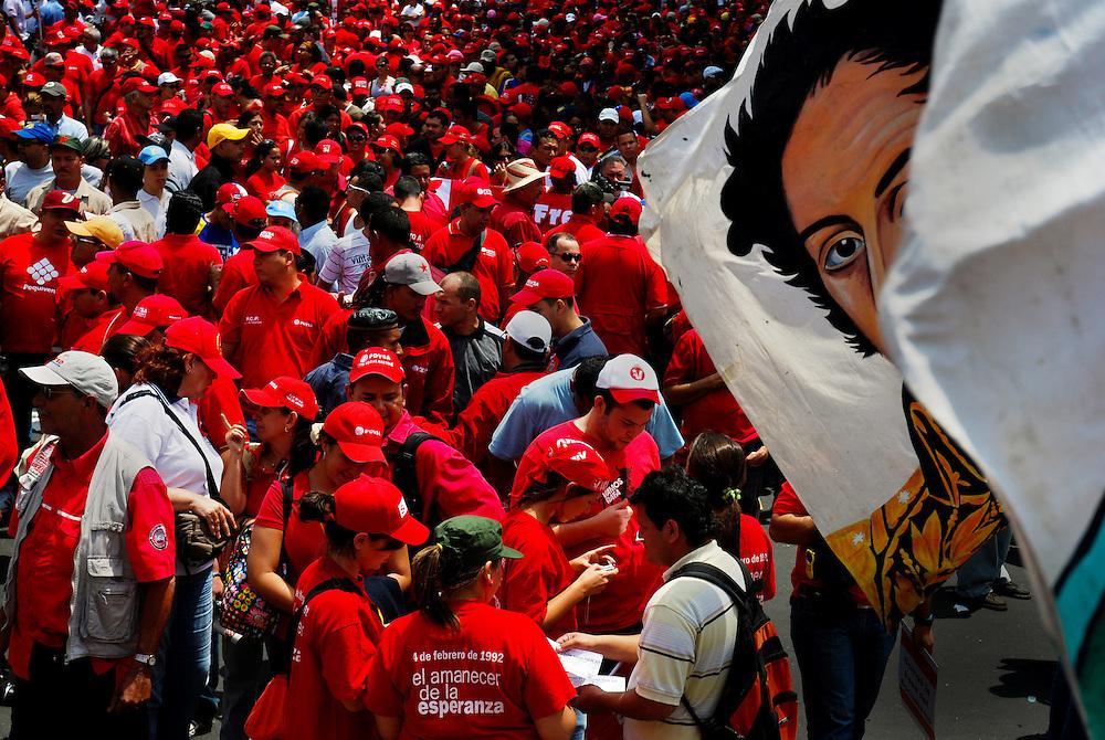 MAY 1 LABOR DAY / 1&ordm; DE MAYO DIA DEL TRABAJADOR<br /> Photography by Aaron Sosa<br /> Caracas - Venezuela 2009<br /> (Copyright &copy; Aaron Sosa)