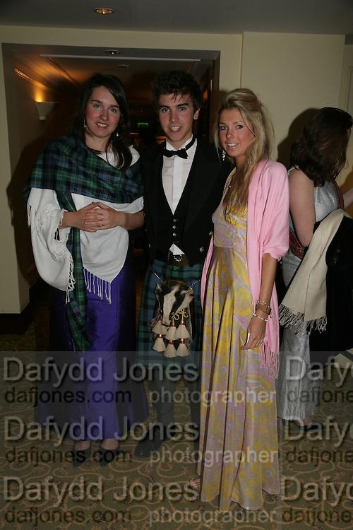 Harriet Fairlie, Scott Shepherd and Tess Shepherd, The Royal Caledonian Ball 2007. Grosvenor House. 4 May 2007.  -DO NOT ARCHIVE-© Copyright Photograph by Dafydd Jones. 248 Clapham Rd. London SW9 0PZ. Tel 0207 820 0771. www.dafjones.com.