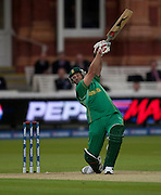 Jacques Kallis bats during the ICC World Twenty20 Cup match between South Africa and New Zealand at Lord's. Photo © Graham Morris (Tel: +44(0)20 8969 4192 Email: sales@cricketpix.com)