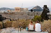 Griekenland, Athene, 5-7-2008Uitzicht op de stad en akropolis vanaf een rustig punt bij zonsondergang. LandschapFoto: Flip Franssen