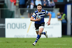 Max Wright of Bath Rugby goes on the attack - Mandatory byline: Patrick Khachfe/JMP - 07966 386802 - 09/11/2019 - RUGBY UNION - The Recreation Ground - Bath, England - Bath Rugby v Northampton Saints - Gallagher Premiership