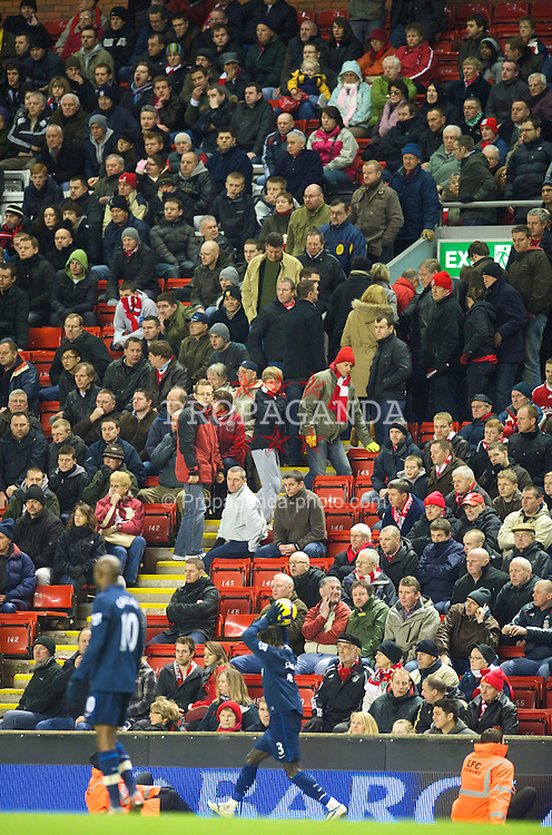 LIVERPOOL, ENGLAND - Sunday, December 13, 2009: Liverpool's supporters leave the ground dejected, after their side's 2-1 defeat to Arsenal during the Premiership match at Anfield. (Photo by: David Rawcliffe/Propaganda)