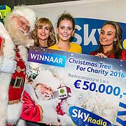 20161207 8e Sky Radio's Christmas Tree For Charity 2016