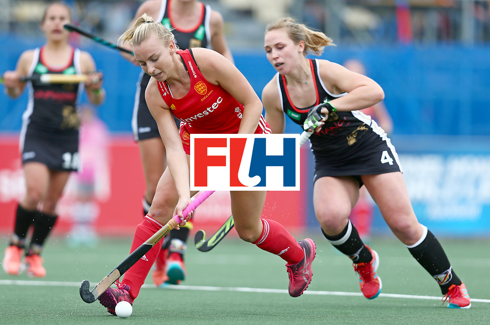 New Zealand, Auckland - 18/11/17  <br /> Sentinel Homes Women&rsquo;s Hockey World League Final<br /> Harbour Hockey Stadium<br /> Copyrigth: Worldsportpics, Rodrigo Jaramillo<br /> Match ID: 10293 - ENG vs GER<br /> Photo: (7) MARTIN Hannah against (4) LORENZ Nike