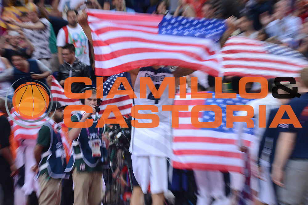 DESCRIZIONE : London Londra Olympic Games Olimpiadi 2012 Men Gold Medal Game Usa Spain Usa Spagna<br /> GIOCATORE : Team USA<br /> CATEGORIA :<br /> SQUADRA : USA<br /> EVENTO : Olympic Games Olimpiadi 2012<br /> GARA : Usa Spain Usa Spagna<br /> DATA : 12/08/2012<br /> SPORT : Pallacanestro <br /> AUTORE : Agenzia Ciamillo-Castoria/M.Marchi<br /> Galleria : London Londra Olympic Games Olimpiadi 2012 <br /> Fotonotizia : London Londra Olympic Games Olimpiadi 2012 Men Gold Medal Game Usa Spagna Usa Spain<br /> Predefinita :