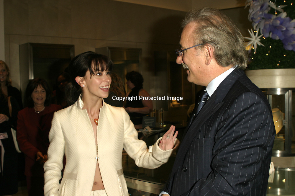 Jennifer Love Hewitt &amp; Roberto Coin<br />