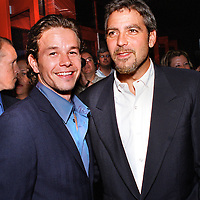 """MARK WAHLBERG AND GEORGE CLOONEY AT TONITE'S """"THE PERFECT STORM"""" LOCAL PREMIER IN DANVER'S MA.JUNE28'00."""